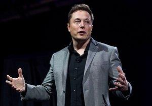 Zenginler Elon Musk'ın okulunun peşine düştü