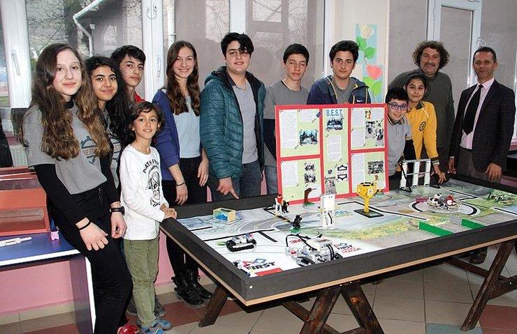 'ROBOT BOLT' HAYVAN SEVGİSİ AŞILAYACAK