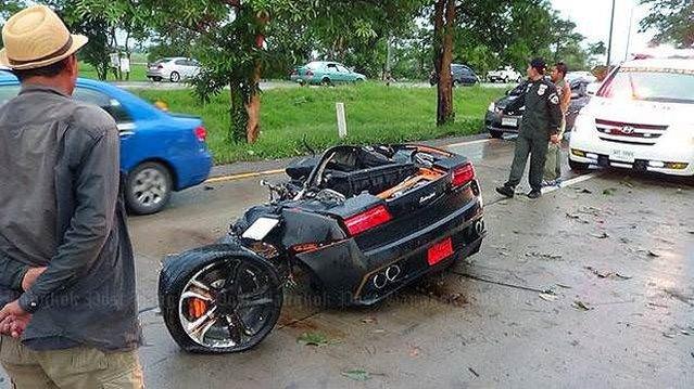 Lamborghini ikiye ayrıldı