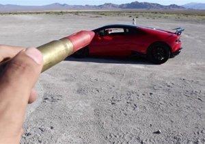 Lamborghini ile tehlikeli oyun