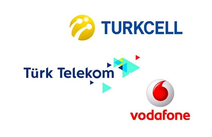 GSM OPERATÖRLERİNDEN 15 TEMMUZ'A ÖZEL HEDİYE PAKETLER