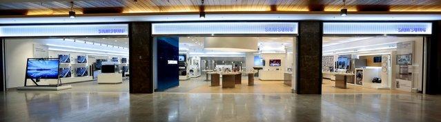 """Dünyadaki ikinci """"Samsung Global Konsept Mağazası"""" Türkiye'de"""