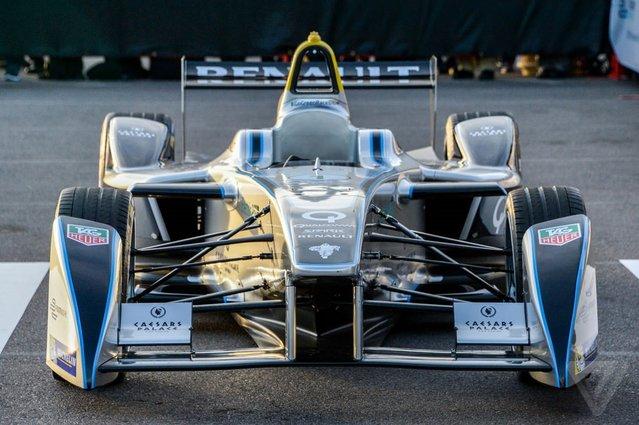 CES 2014: Dünyanın ilk elektrikli Formula E arabası