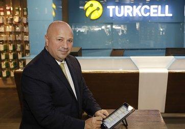 Kaan Terzioğlu Türkiye'de güvenli dijital imza uygulamasını başlattı