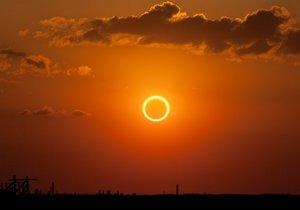 Güneş tutulması depremleri tetikliyor mu?
