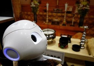 Budist robotlar görev almaya hazırlanıyor