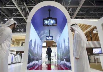 Dubai Havalimanı yüz taramalı sanal akvaryumlu güvenlik önlemi