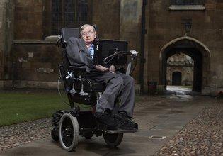Stephen Hawking Newton'ın yanına gömülüyor