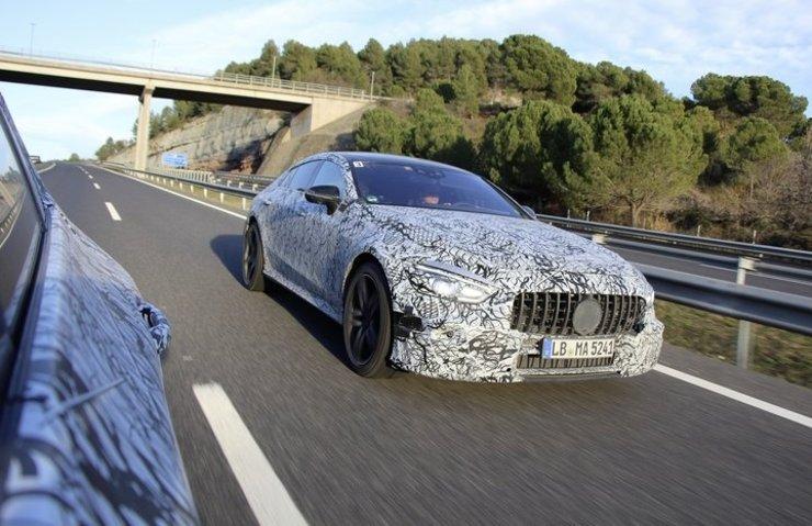 MERCEDES-AMG GT4 CENEVRE'YE GELİYOR