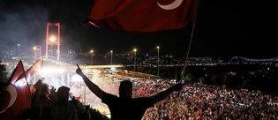 15 Temmuz Demokrasi ve Milli Birlik Günü'nde hangi operatör ne hediye ediyor? - Bedava internet...