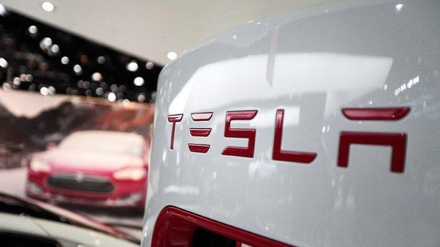 Tesla Model III resmiyet kazandı