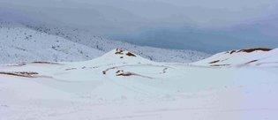 Sahra Çölü'ne 1 metre kar yağdı!