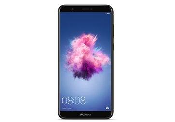 Huawei P Smart Türkiye'de! İşte fiyatı ve özellikleri