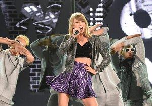 Taylor Swift sosyal medya hesaplarını terk etti