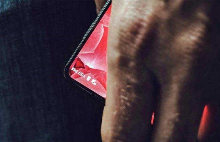 ANDROİD'İN KURUCUSU ANDY RUBİN'İN TELEFONU BÖYLE OLACAK