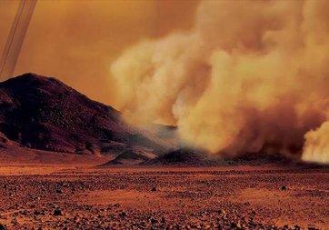 Titan'daki kum fırtınaları ilk kez görüntülendi