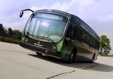 Tek şarjla 1700 km yol giden elektrikli otobüs rekor kırdı