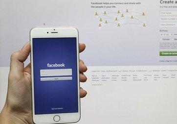 Facebook, analiz şirketine soruşturma başlattı
