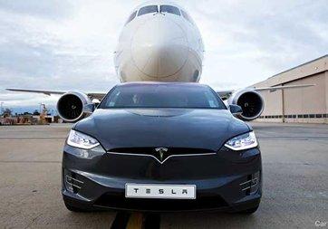 Tesla'dan Model X ile dünya rekoru