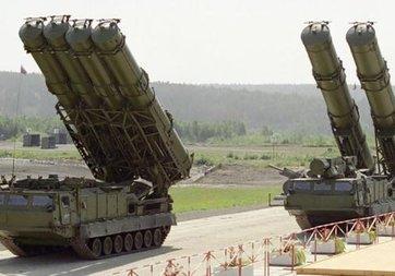 S-400 hava savunma sistemi yetenekleriyle dikkati çekiyor