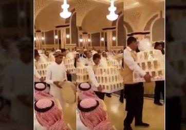 Suudi Arabistan'da bir düğünde herkese iPhone 8 hediye ettiler!