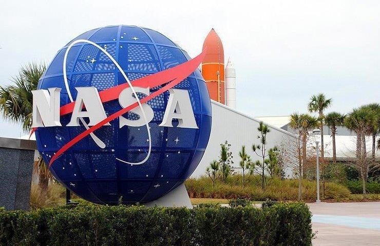 NASA'YA 18 BİN KİŞİ ARASINDAN 12 YENİ ASTRONOT SEÇİLDİ!