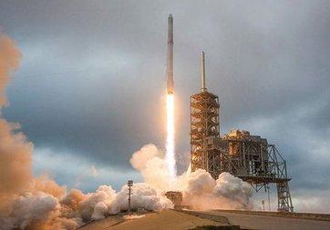 Çin, uçaktan uzaya roket fırlatacak!