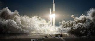 SpaceX, 45 yıl sonra 2 kişiyi Ay'a götürüyor!