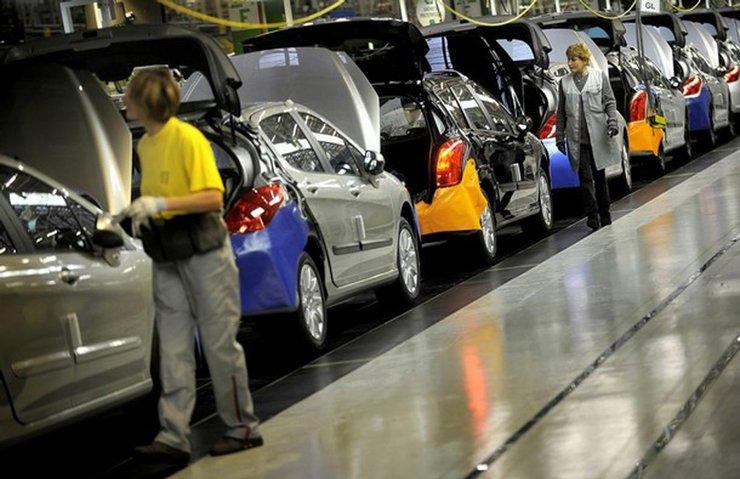 Peugeot-Citroen Grubu'ndan kritik karar