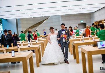 Apple Store'lar düğün sonrası tören fotoğrafları için kullanılmaya başladı