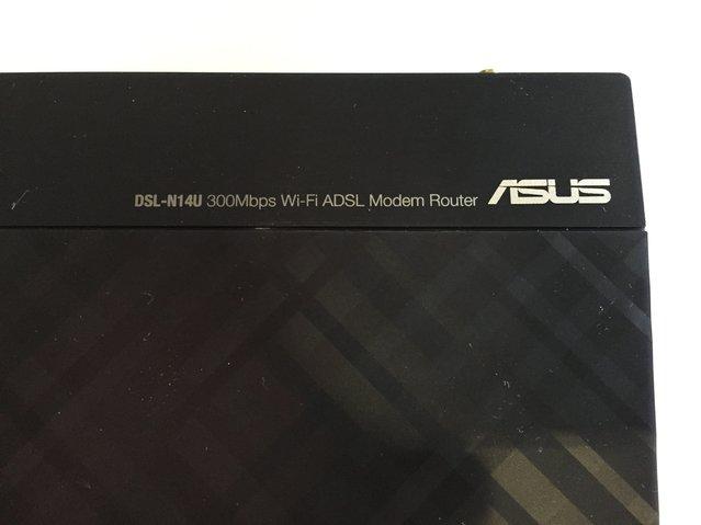 ASUS DSL-N14U Wireless-N300 ADSL Modem Router