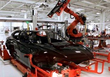 Tesla'da üretim 4 gün durdu