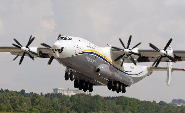 İşte dünyanın en geniş gövdeli uçağı