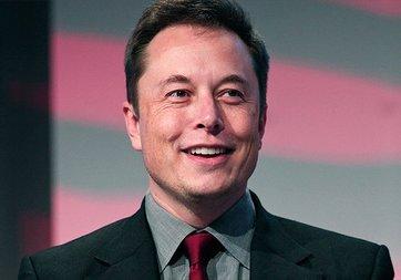Elon Musk Facebook hesaplarını sildi