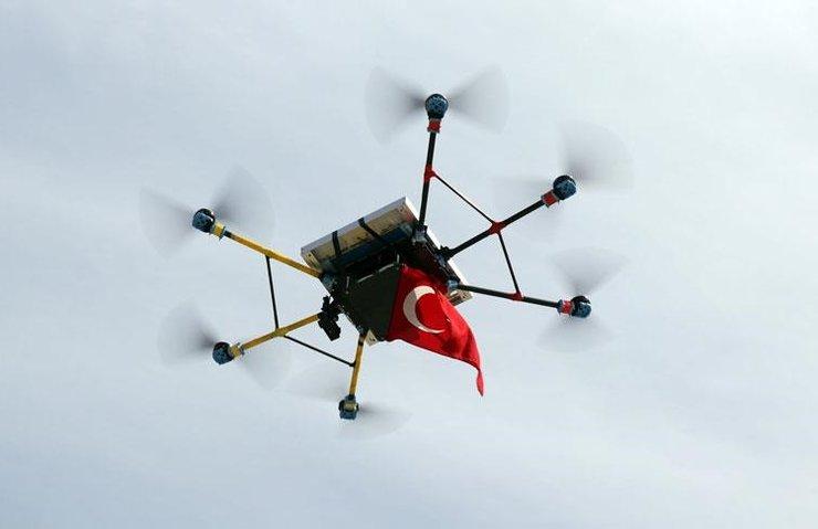 GENÇ MUCİTLERDEN RÜZGAR VE GÜNEŞ ENERJİLİ DRONE