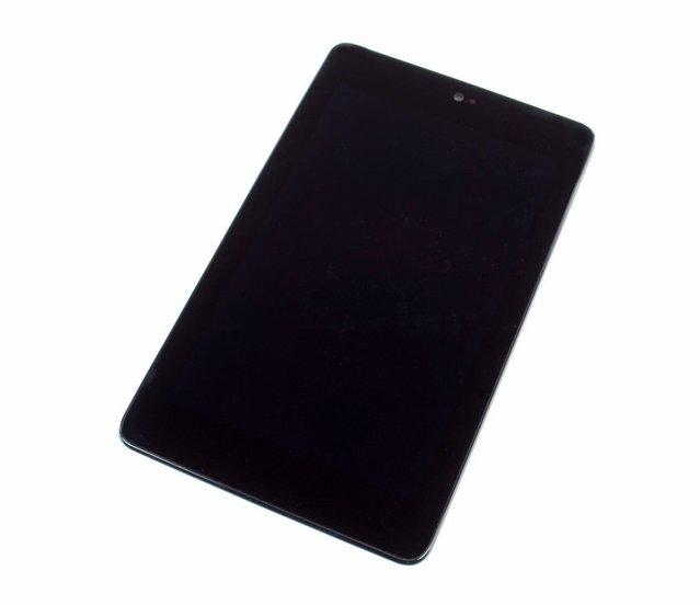 Nexus 7'yi parçalarına ayırdılar