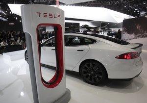 Tesla aradığınızda sizin yanınıza gelecek