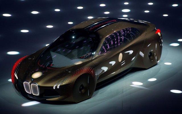 2016 BMW Vision Next 100 Concept görenleri büyülüyor!
