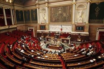 Fransa'nın soykırım kararı twitter'da yankılandı