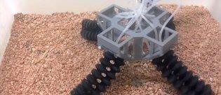 Her zorlu yüzeyde yürüyebilen robot geliştirildi