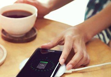 Bu telefonda en hızlı kablosuz şarj özelliği var!