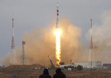 Soyuz kapsülü Uluslararası Uzay İstasyonu için yola çıktı