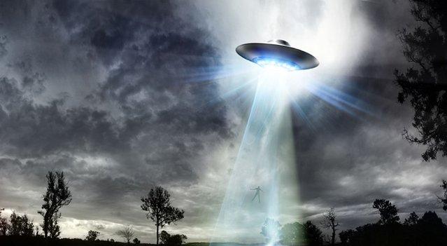Rusya'da üçgen UFO görüldü