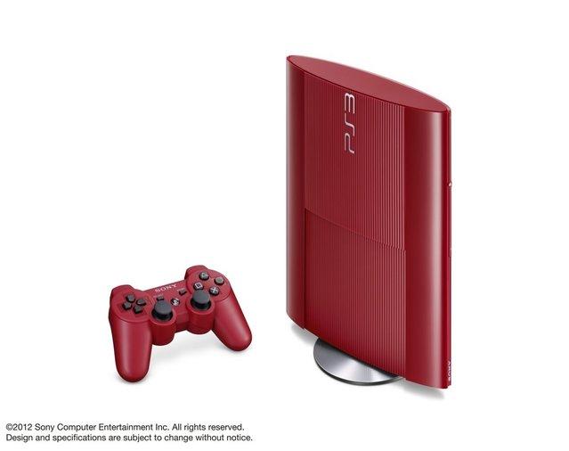 Sony'den kırmızı ve mavi PS3'ler geliyor