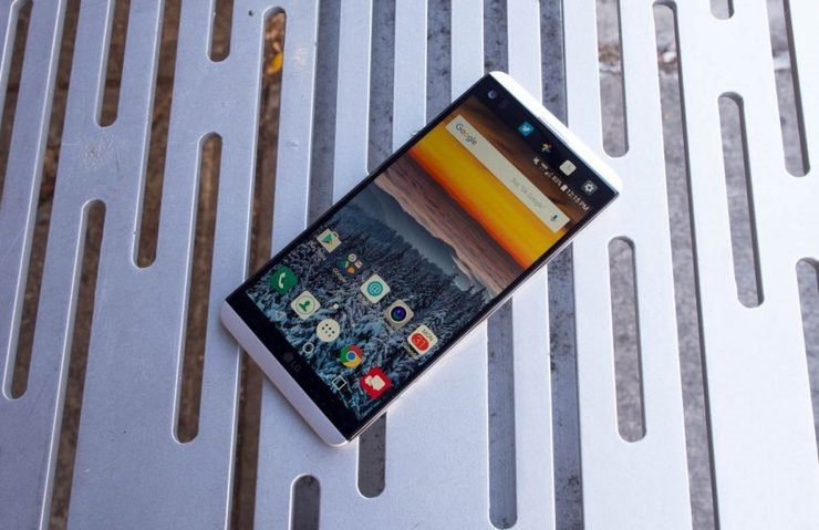 LG V30 PLUS GELİYOR: SAMSUNG GALAXY NOTE 8'İN RAKİBİ OLACAK!