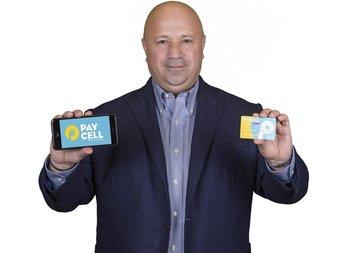 Turkcell, MWC 2017'de Paycell Card'ı tanıttı