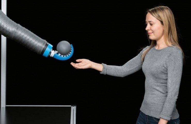 İNSAN DOSTU ROBOT: BİYONİK AHTAPOT