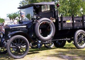 Ford, 100 yıllık başarı hikayesini kutluyor