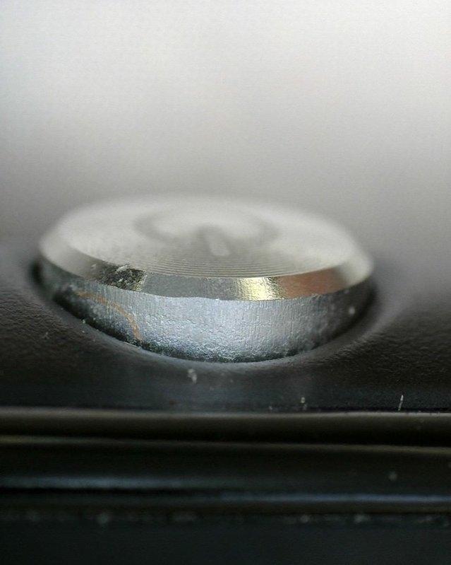 Sony Xperia Z3 Compact mikroskop altında