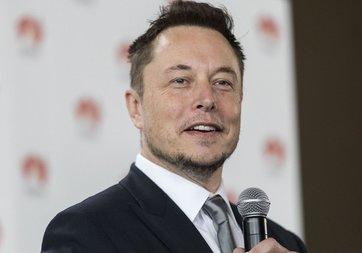 Elon Musk'tan 3. havalimanı hamlesi